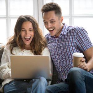 Comemorando nossa união melhor presente para aniversário de casamento Serenatas Online